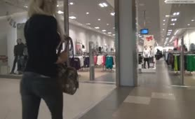 Hot blonde Romanian girl peeing in mall