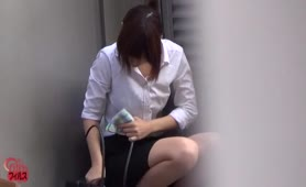 Street diarheea with naughty secretary