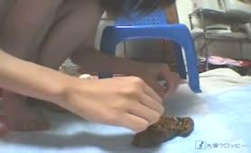 Japanese girl examined her poop