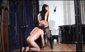 Eating shit from horny mistress